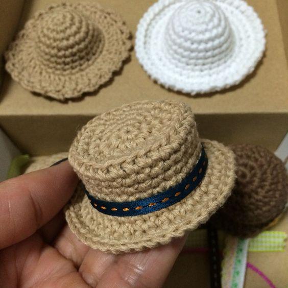 sombreritos en crochet