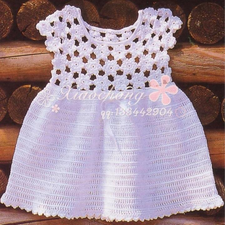Lindo vestido para bebé con gráficos completos